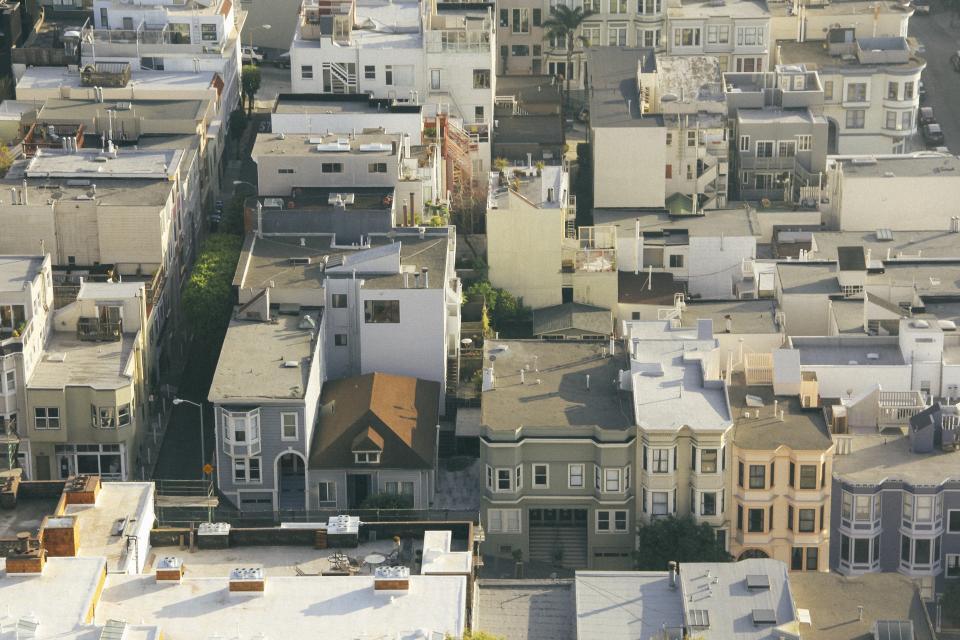 realestateinvestment-propertymanagement-customerservice.jpg